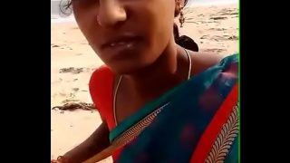 Desi wife ne beach par blowjob diya