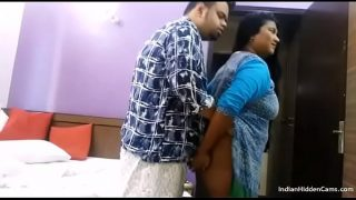 Moti gaand wali biwi ka pati ko hot blowjob