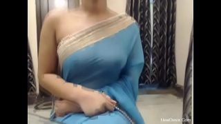 Saree me rashmi ka mast desi sex video