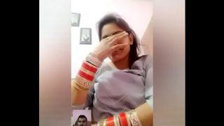 Shaadishuda desi girl ke sexy boobs
