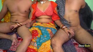 Desi Indian bhabhi ki threesome chudai
