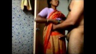 Sexy kamwali meena
