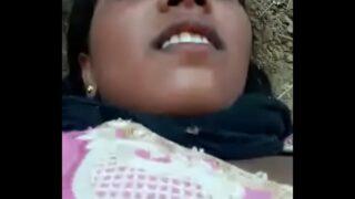 Bihari dihadi majduran ki khule me masti